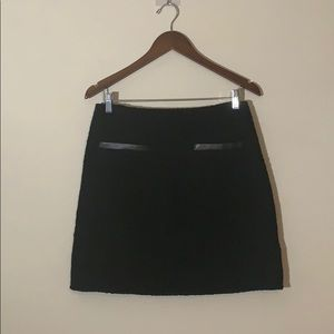 Theory Leather Trim Pocket Black Wool Boucle Skirt